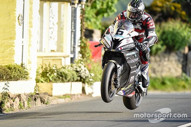 TT 2016, Michael Dunlop imprendibile in Superbike