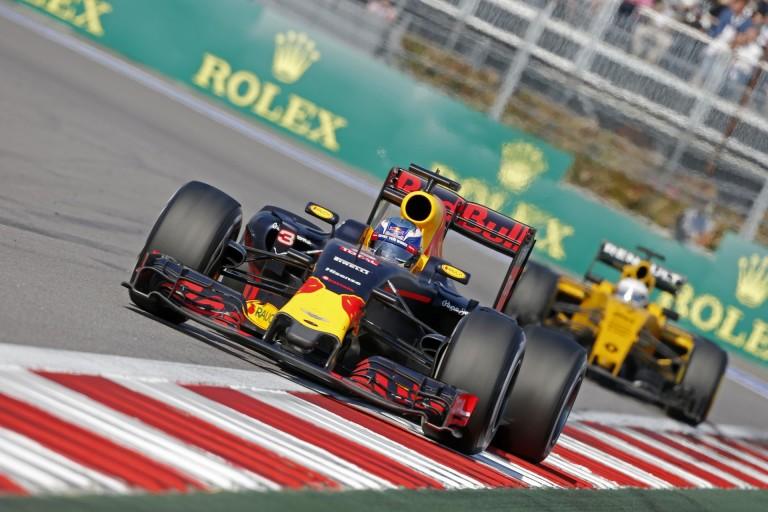 A Red Bull elég szkeptikus a 2017-es motorszabályokkal szemben!