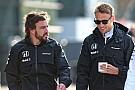 Button és Alonso már alig várja, hogy pályára vigye a gépet Monacóban