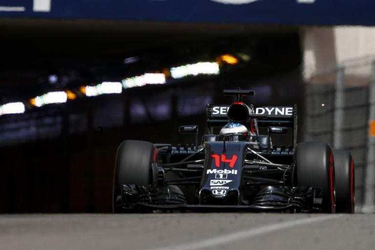 Besült a McLaren, de Alonso még így is bizakodó Monacóban