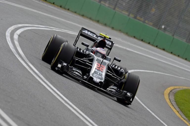 Button jónak érzi a McLarent, Vandoorne pedig azonnal nagyszerűen beilleszkedett a csapathoz!