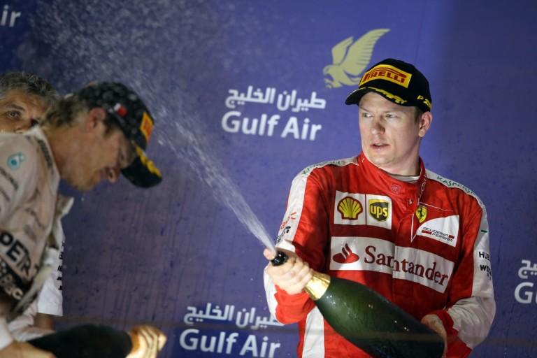 Úgy tűnik, Räikkönen már csak éjszaka tud dobogóra állni... Rosberg pedig közeledik a bajnoki címhez!