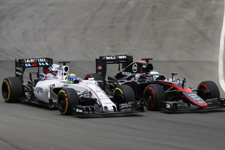 """A Williams szerint Alonso is """"fizetős versenyző"""", de ennek ellenére őt senki sem kritizálja..."""