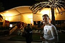 Hamilton választotta az éttermet ahhoz a vacsorához, amit Magnussen egy night club miatt hagyott ki