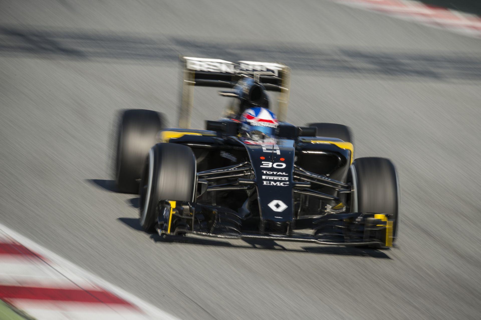 Renault: Szép dzsekik, szép autó, ígéretes teljesítmény - azért még ne ájuljunk el magunktól!