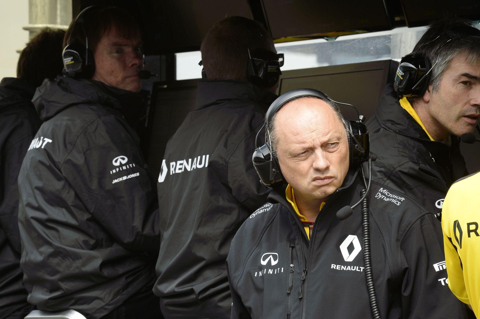 Kellemes meglepetés a Renault-nál: a Force India és a Williams ellen harcoltak