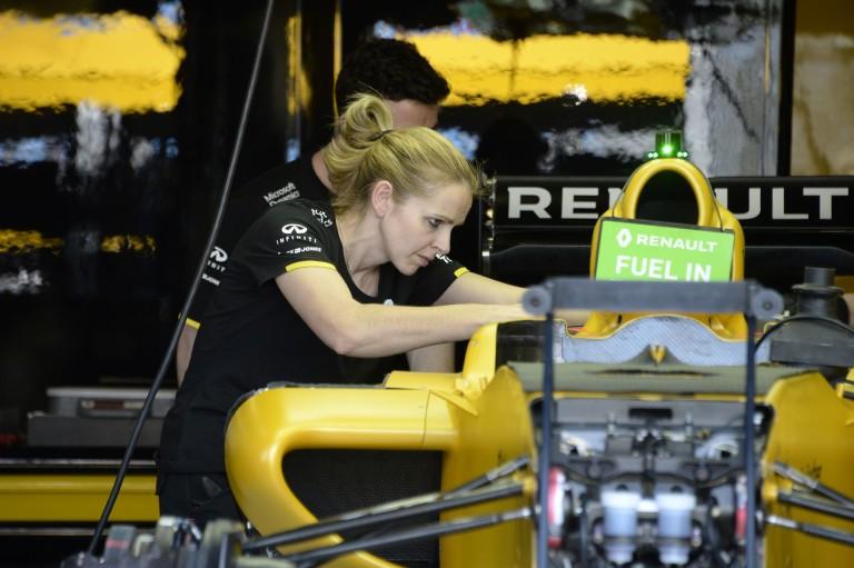 A Renault szerint el kell törölni az üzemanyagkorlátot: az F1 maradjon meg F1-nek
