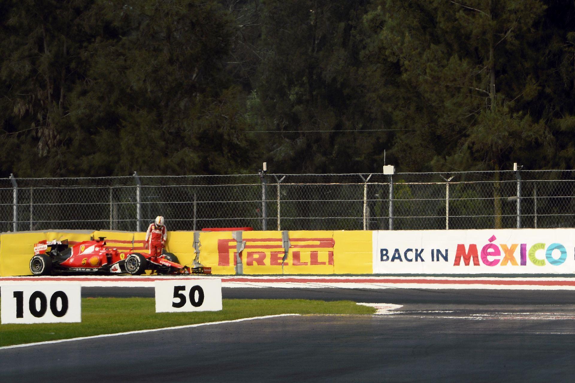 Lehet, hogy Vettel unja a Mercedes dominanciáját, de Hamilton nem