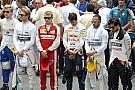 Így emlékeztek meg az F1-es versenyzők a franciaországi terrortámadás áldozatairól
