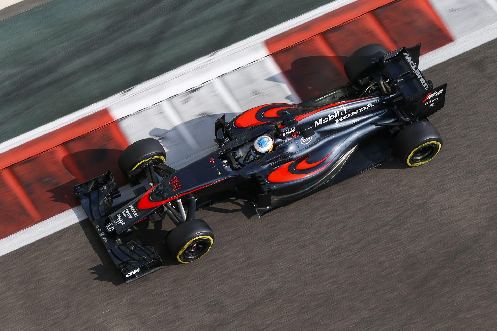 Button szerint nem rossz ez 2016-ra, míg Alonso teljesen kiakadt az értelmetlen szabályokra!