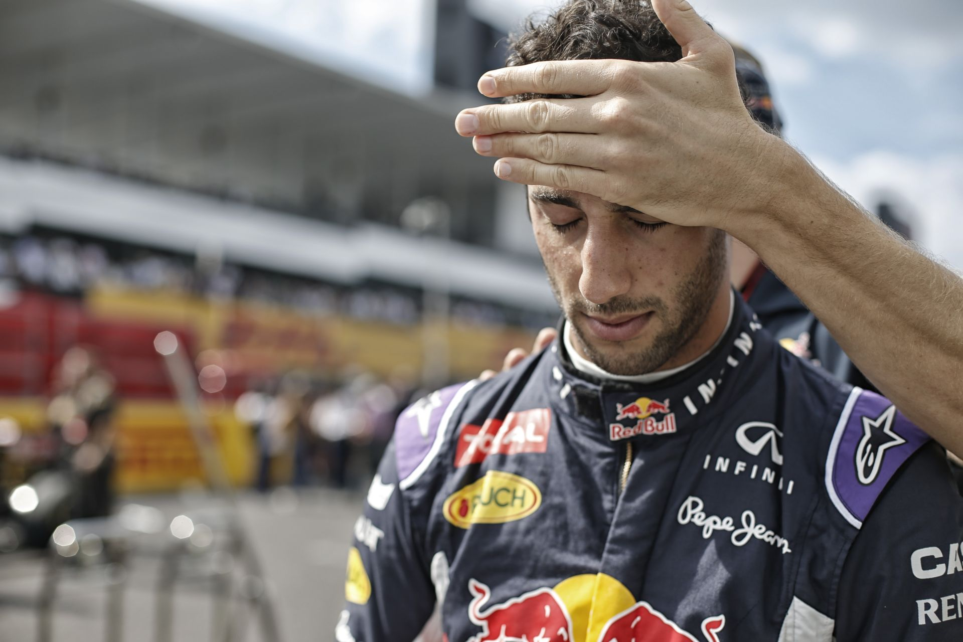"""Hatalmas hibát követett el a Red Bull a Forma-1-ben: """"öngyilkosság"""", vagy túl nagy volt a mellény?"""