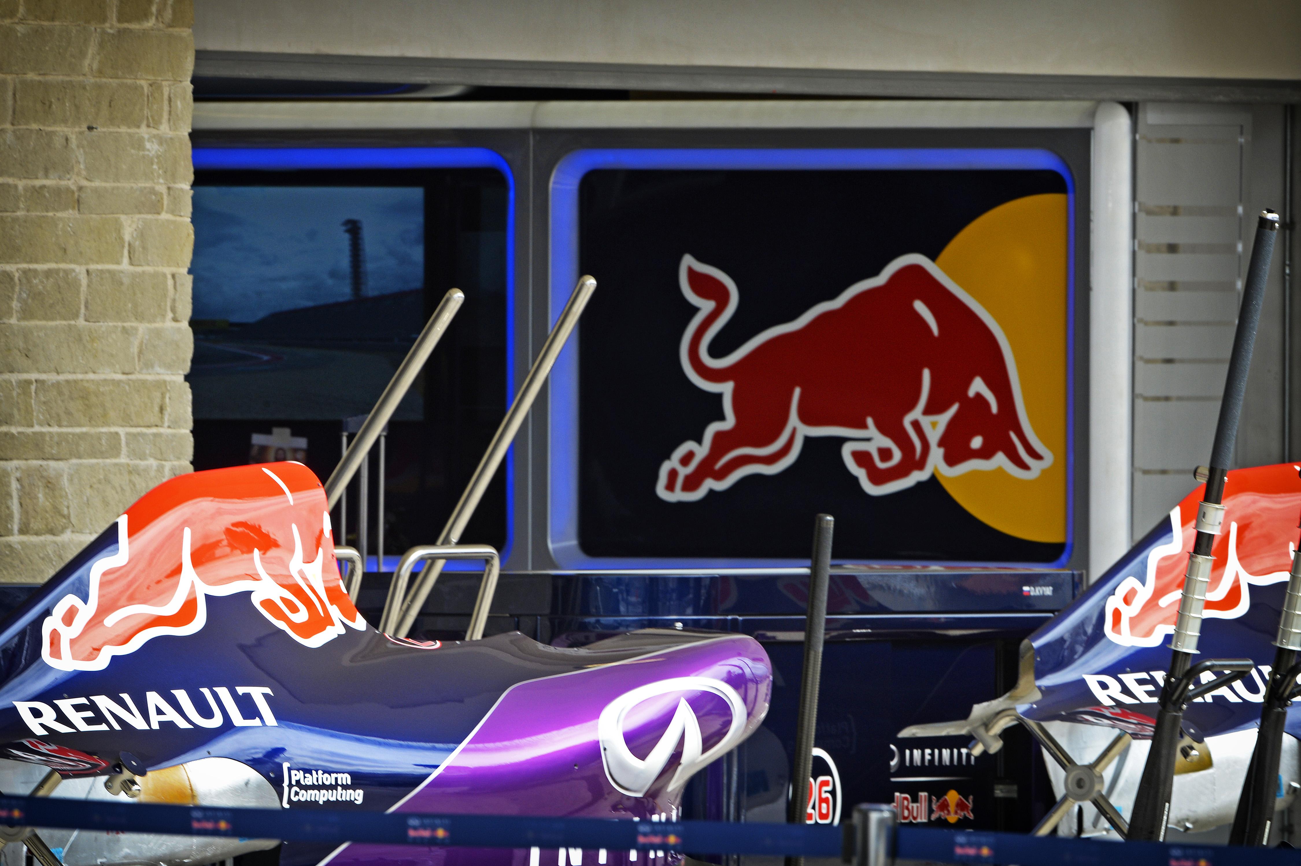 Red Bull és Honda?! Eddig minden gyártóval szóba hozták őket, szóval 25 százalék az esély rá