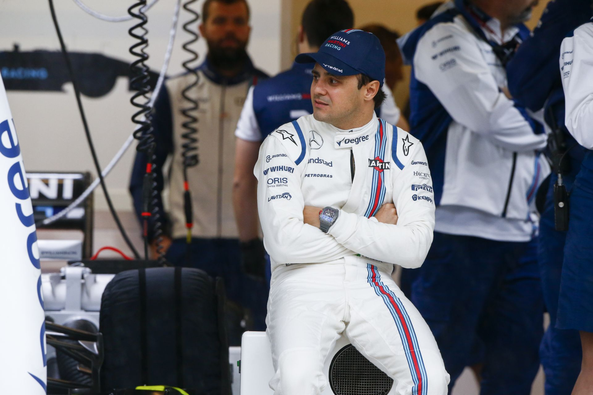 Massa az FIA helyében nem engedte volna ki a pályára a mezőnyt a harmadik szabadedzésen