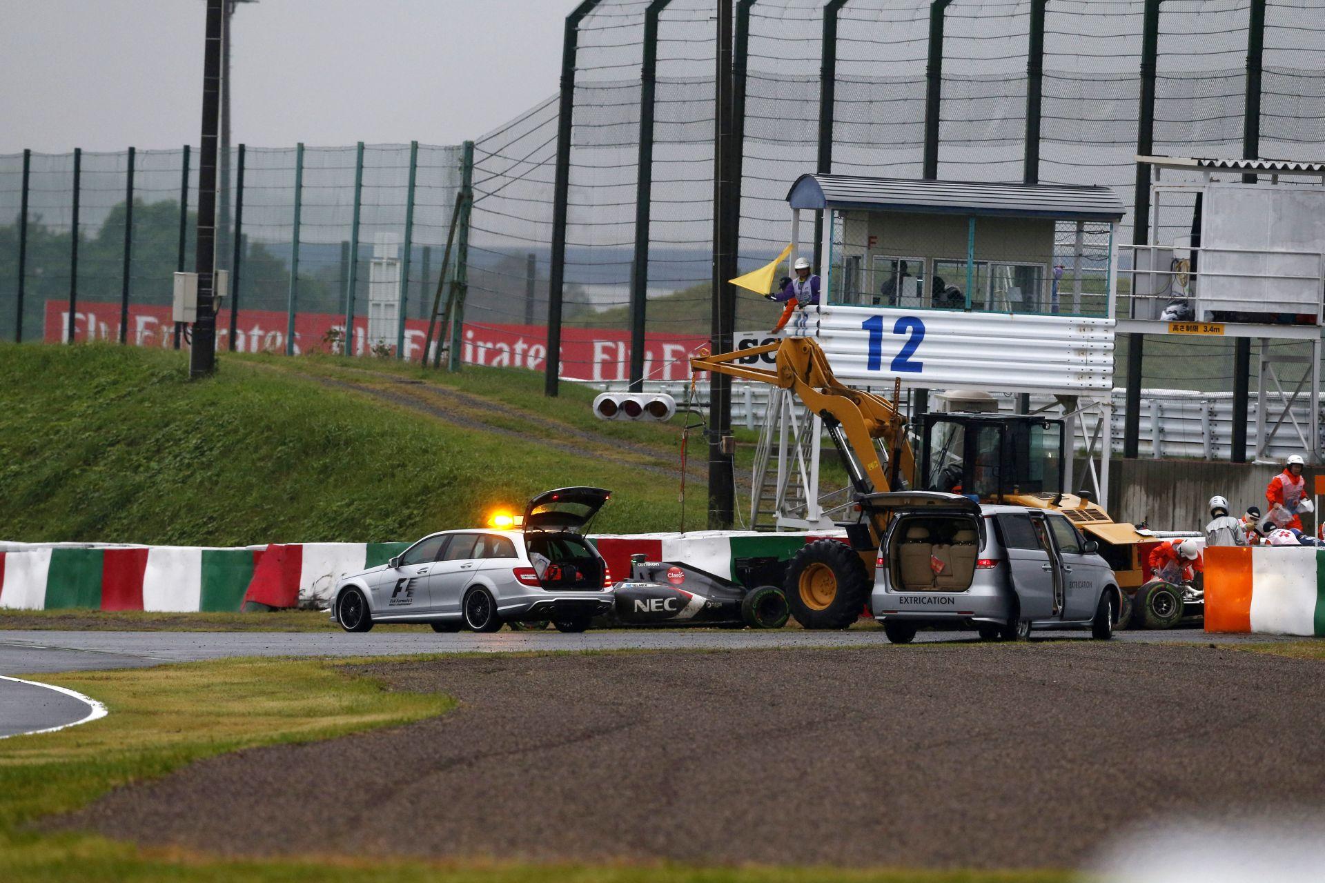 A traktorok Bianchi balesete után is komoly veszélyforrást jelentenek a Forma-1-ben