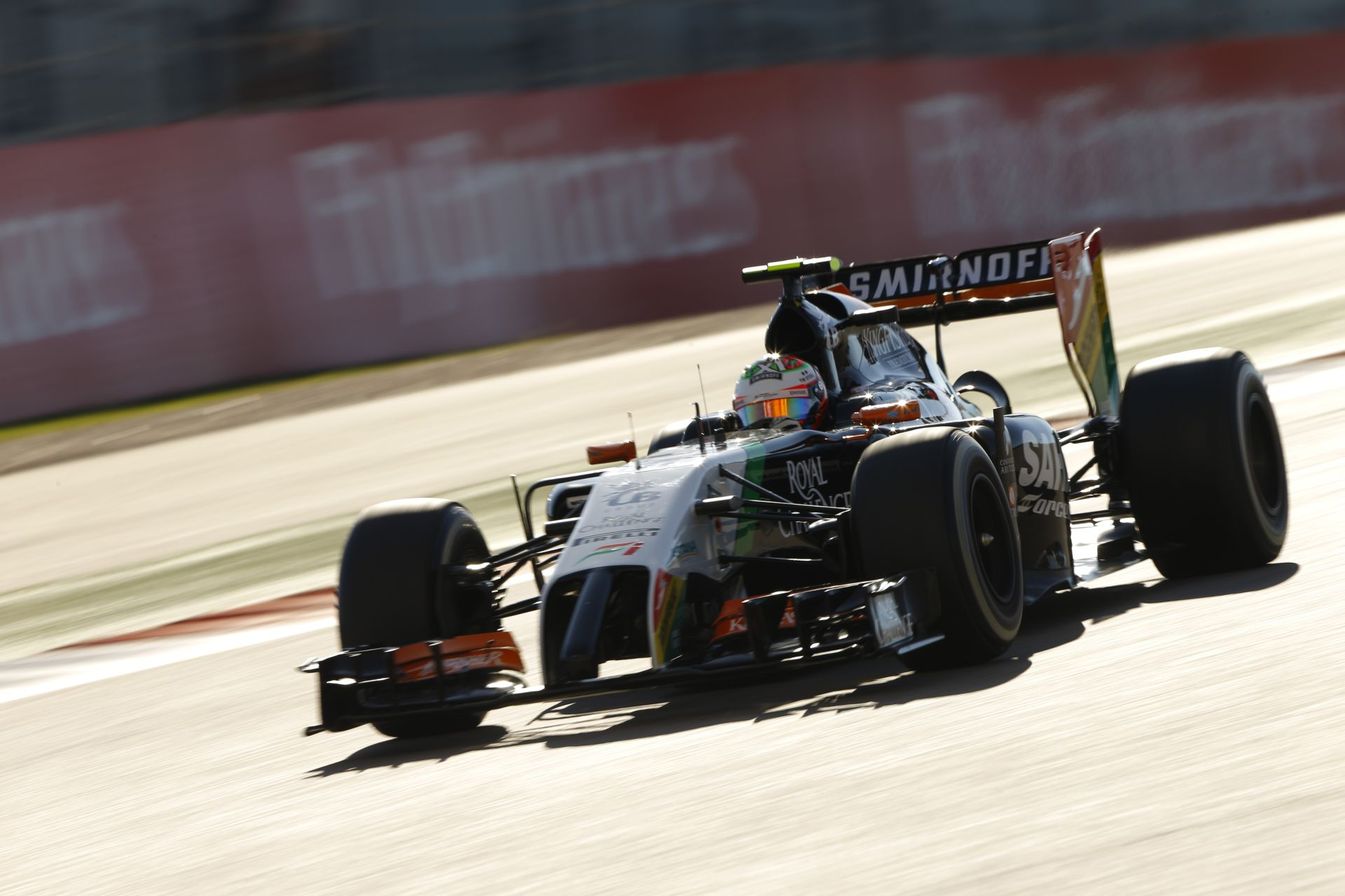 Keményen lecsapott az FIA: 7-helyes rajtbüntetést kapott Pérez a Brazil Nagydíjra