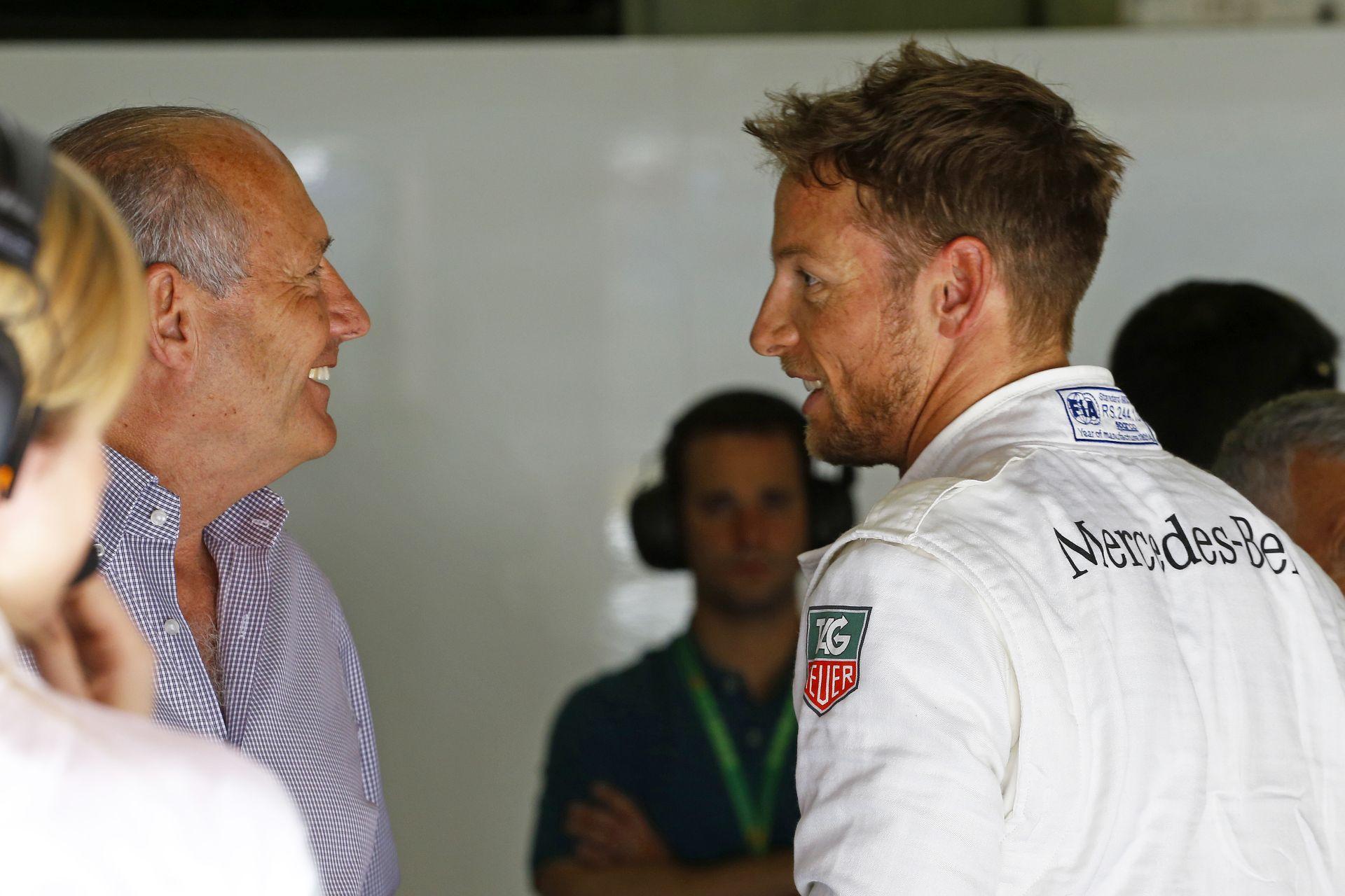 Ron Dennis szerint Button jövőre is a McLaren-Honda versenyzője lesz