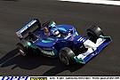 Magyar Nagydíj 2001: Kimi tolja neki a Sauberrel a Hungaroringen