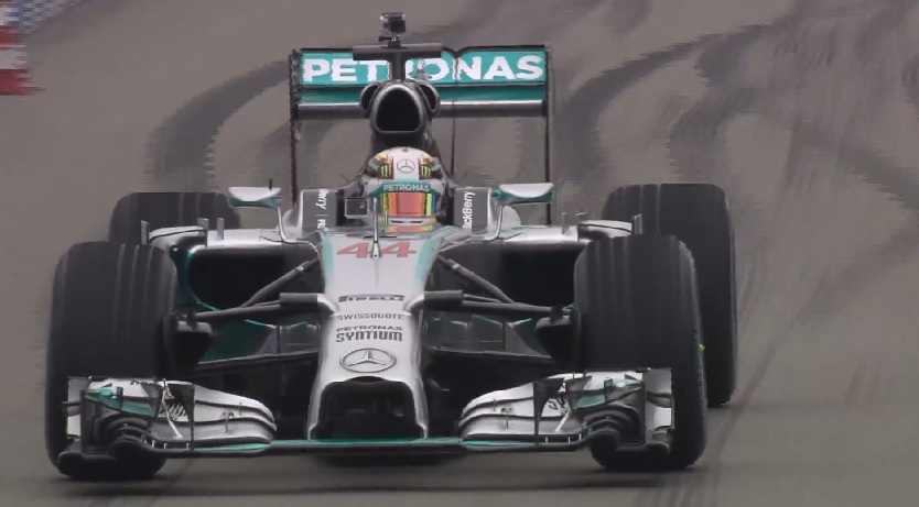 Hatalmas show-t csinált a Mercedes: Hamilton és Rosberg is akcióba lendült