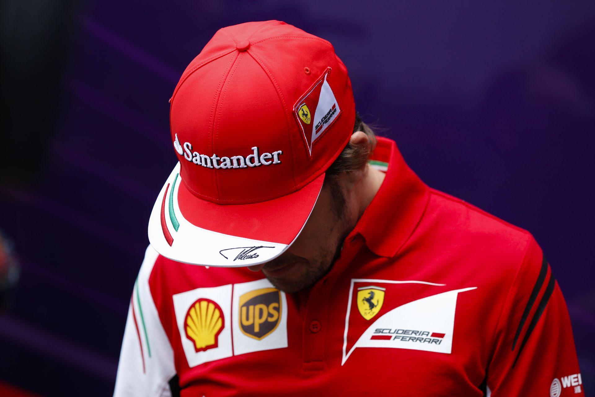 2010 óta csak egy versenyzővel versenyez a Ferrari! Massa és Räikkönen csak statisztál