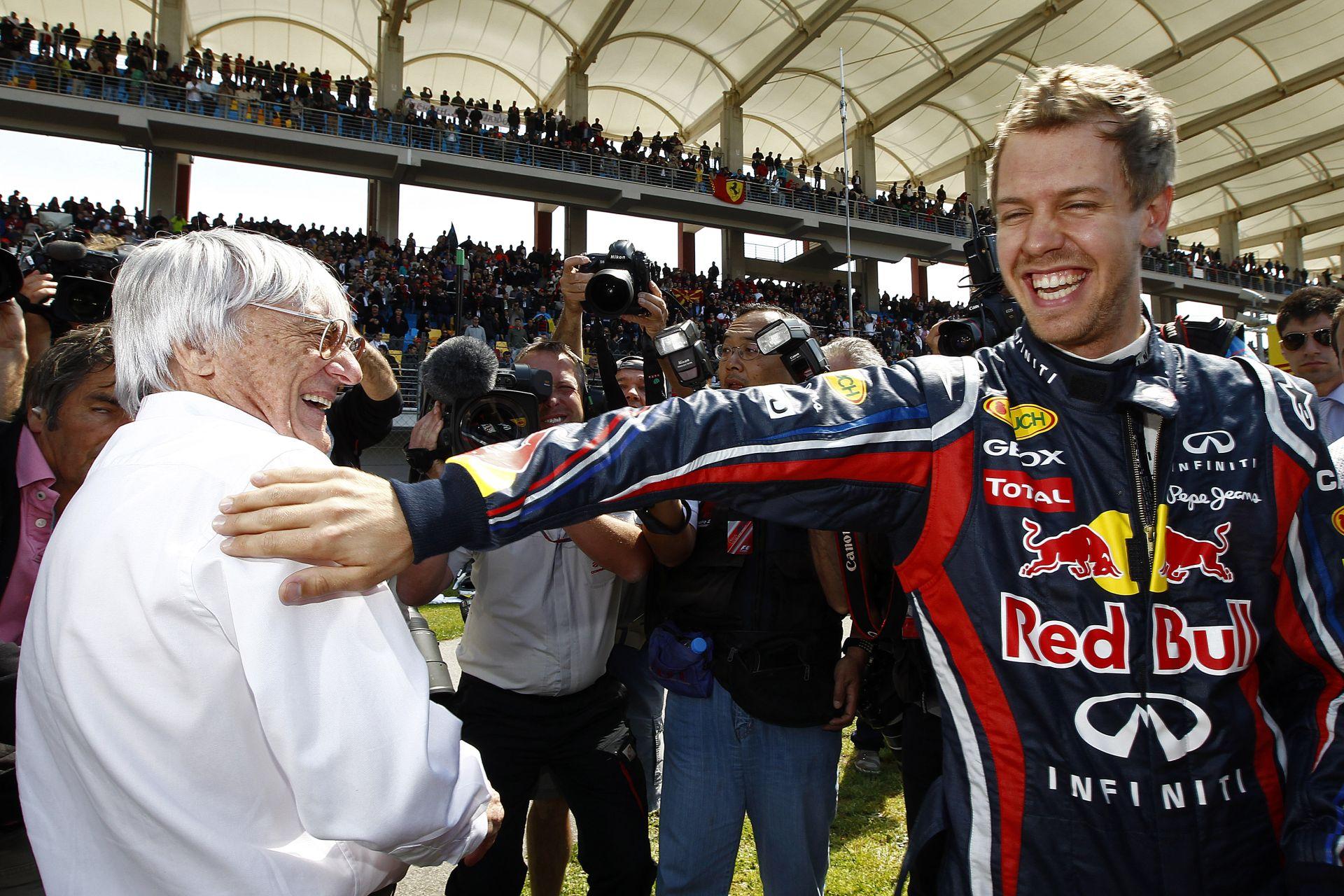 Ecclestone keze is benne volt abban, hogy Vettel a Ferrarihoz szerződött