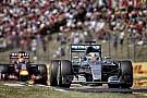 Lábon lövi magát a Mercedes, de az F1-et is gondozni kell: motor a Red Bullnak?!