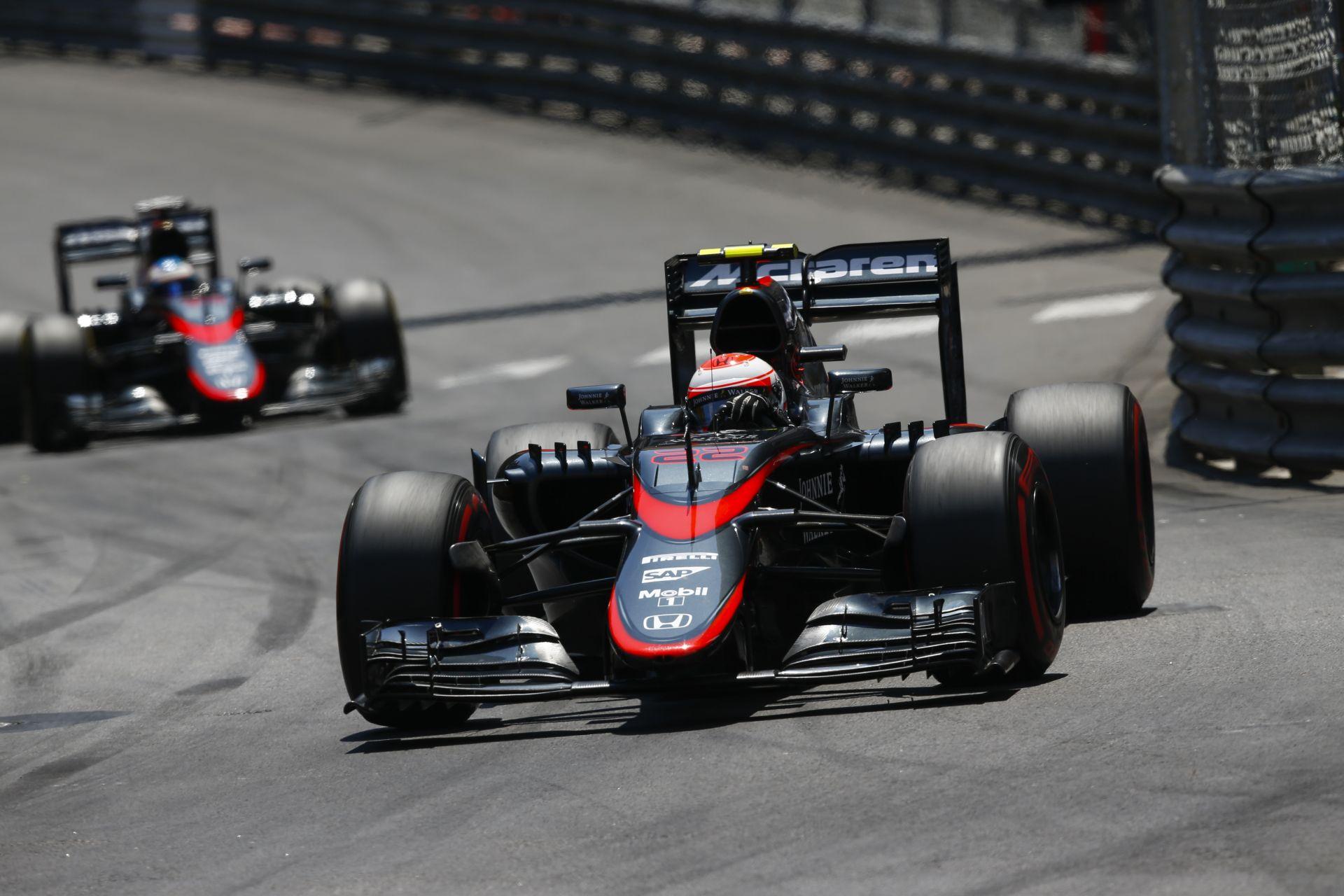 Button nem vesz részt az időmérőn! Újabb motorcsere a McLarennél…