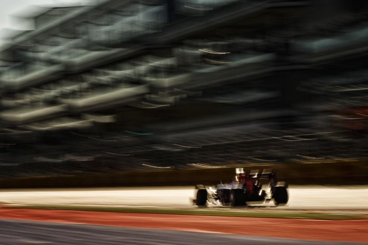 Vettel mégis pályára gurul az időmérőn, legalábbis a Q1-ben biztos ott lesz