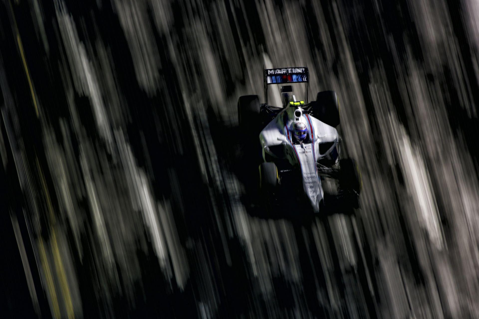 Szenved a Williams Szingapúrban, de Bottas és Massa tudja, még nincs vége
