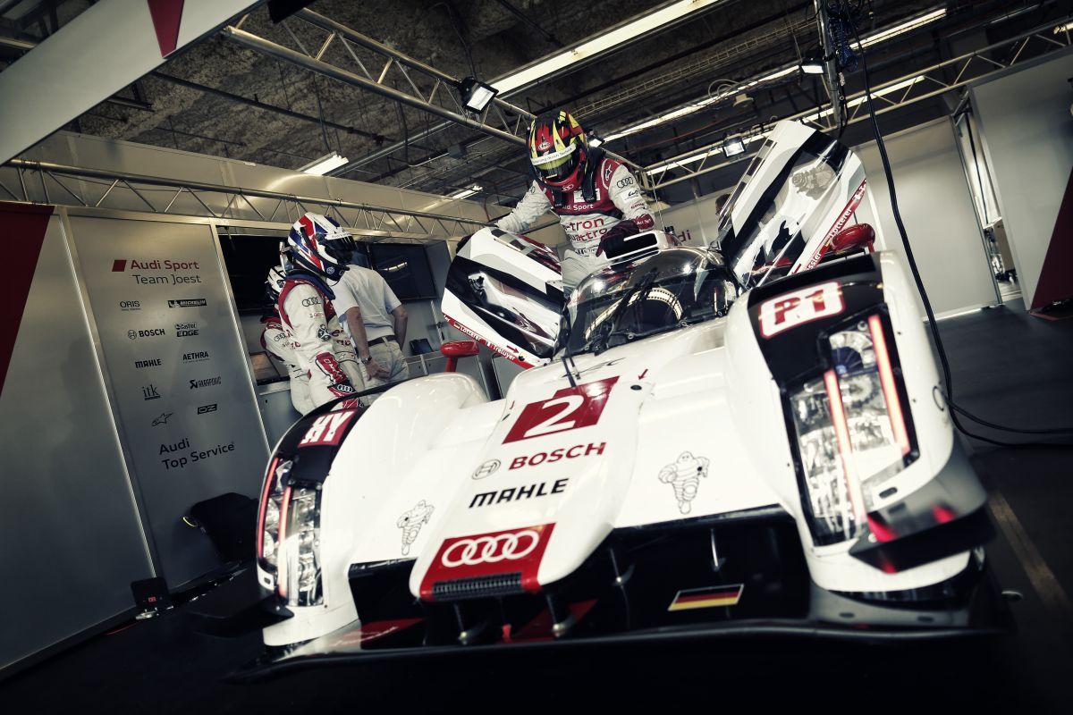 Az F1 már nem az, aminek lennie kellene: ha le akarják nyűgözni a rajongókat, akkor más út kell