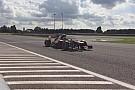 Így rajtol a ma 17 éves Verstappen egy V8-as F1-es autóval (Frissítve)