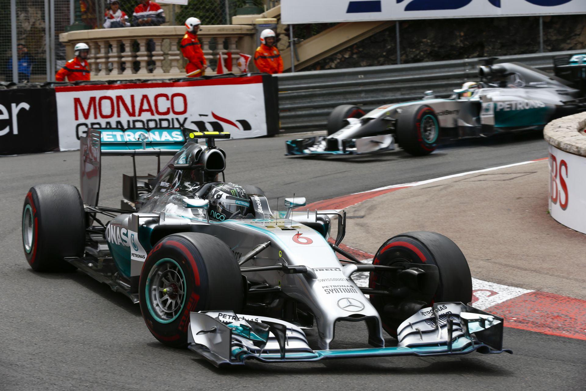 Mercedes: Ha ez így megy tovább, nem lesz csapatutasítás Hamilton és Rosberg között