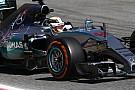 Hamilton simán hozta a második edzést Vettel, Rosberg és Raikkönen előtt
