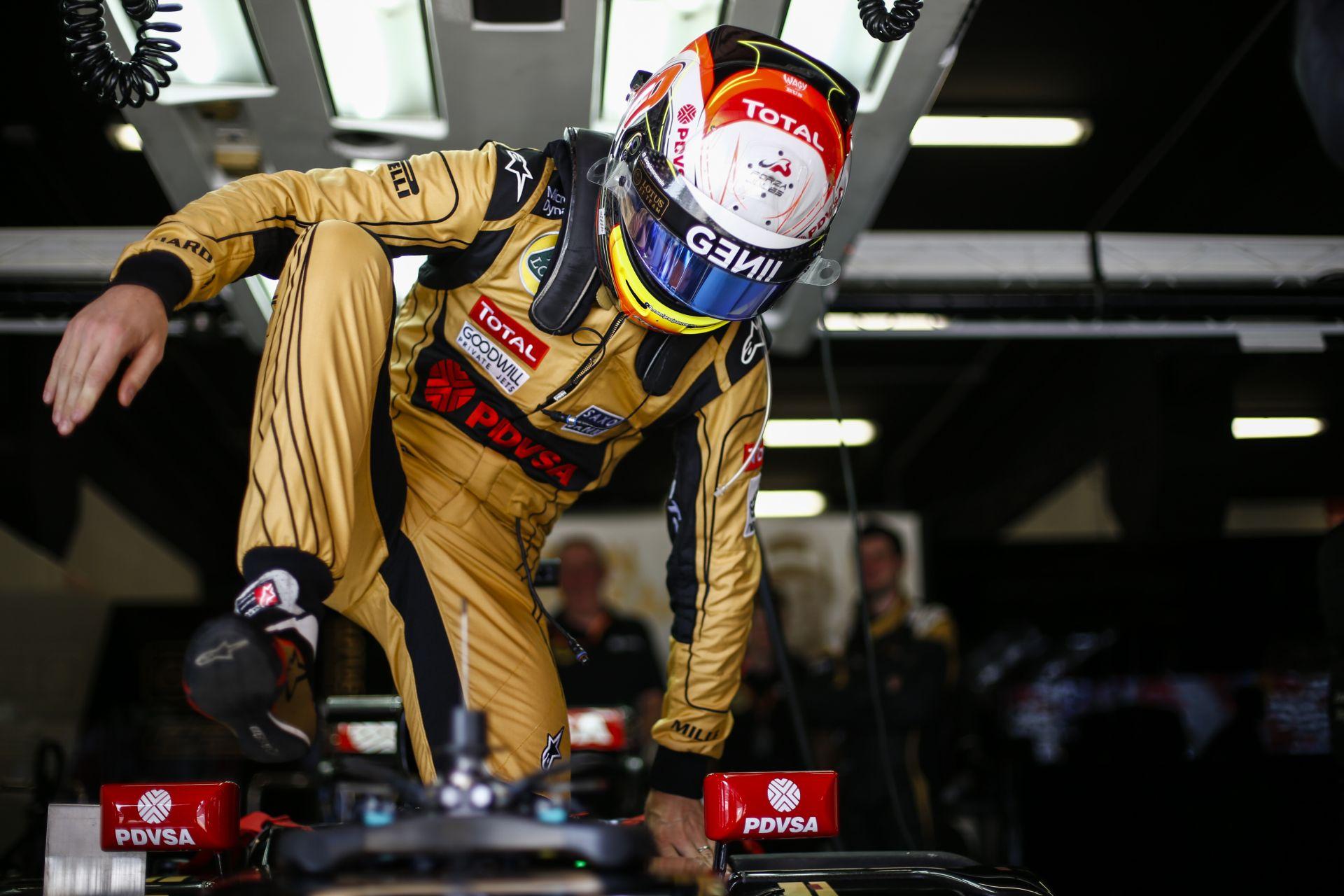 Így ütötte el a szerelőjét Grosjean a Spanyol Nagydíjon
