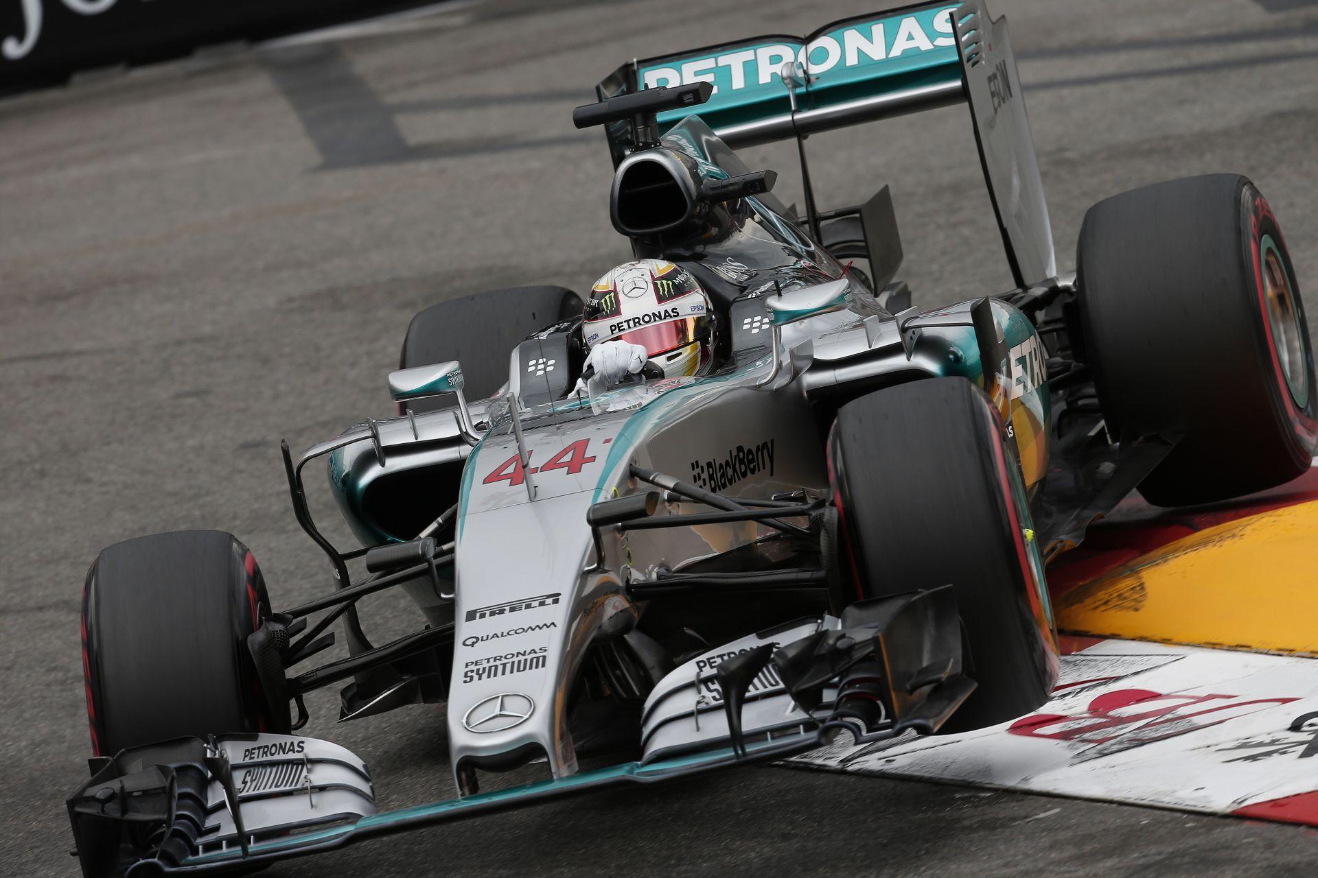 Hamilton és Rosberg pole körének összehasonlítása Monacóból