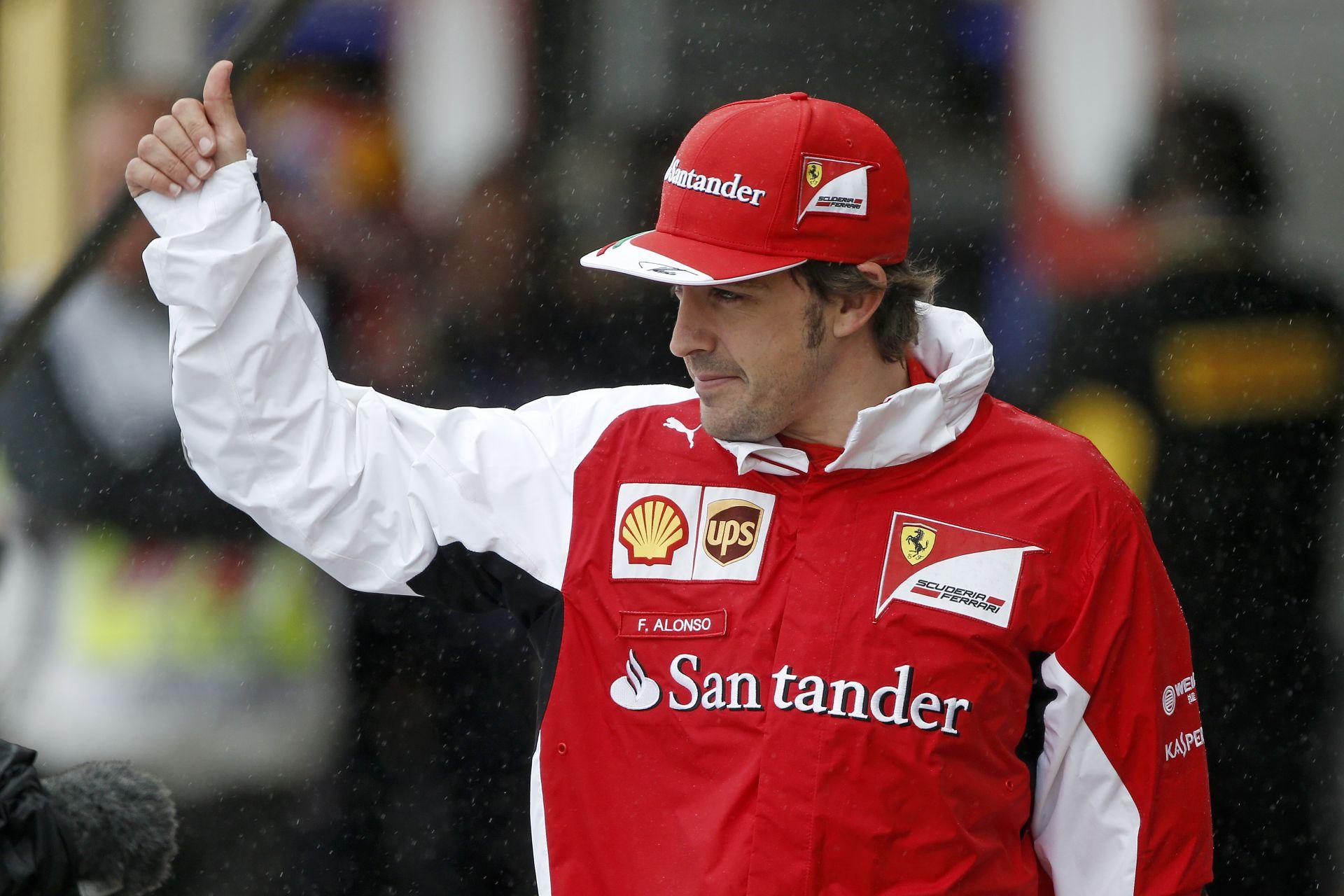 A Ferrari a Mercedestől, a Red Bulltól és a Lotustól igazolt! Alonso teszteli elsőként az új szimulátort!