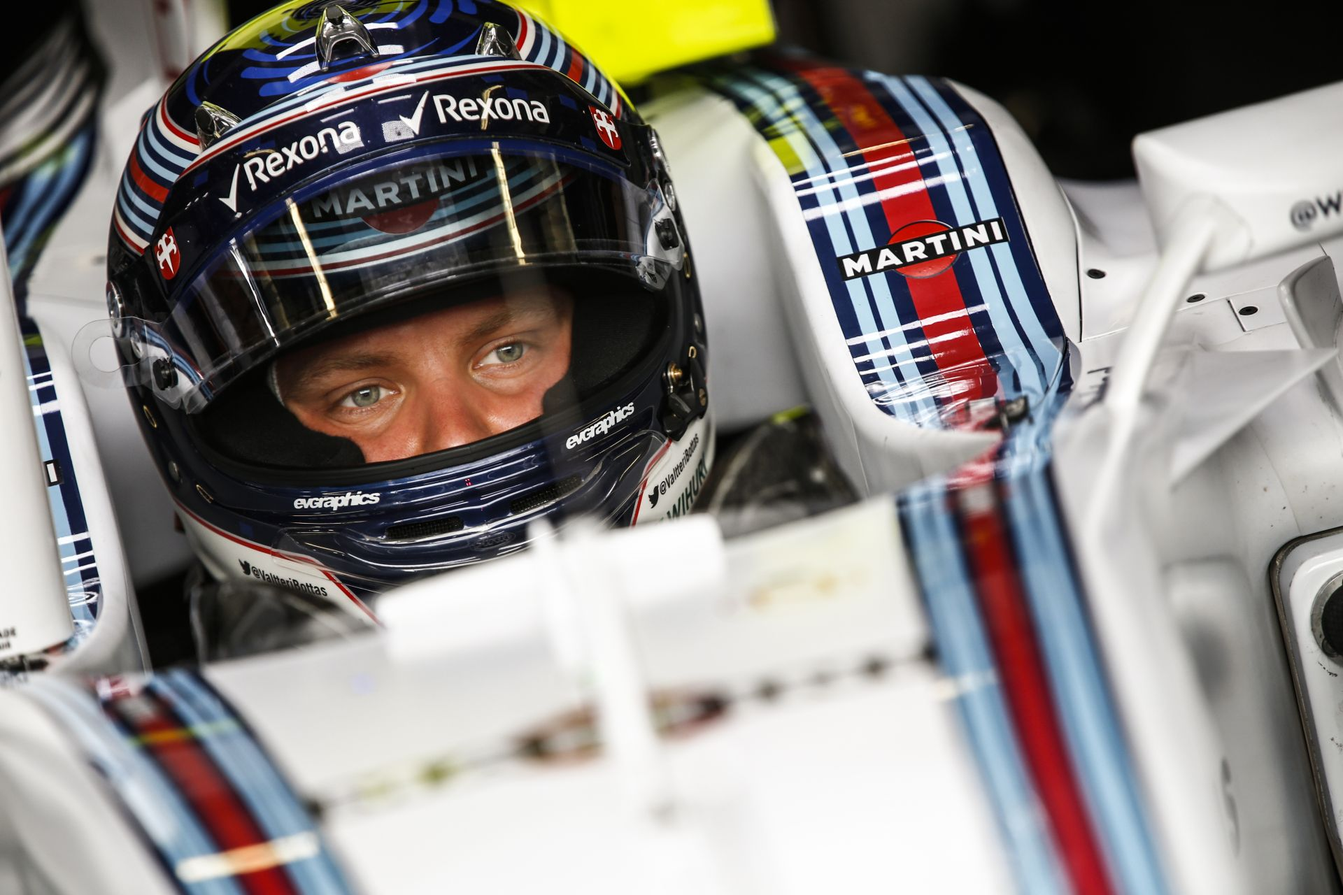 Bottas dönt arról, hogy a Ferrarihoz szerződik? Raikkönen helyzete necces lehet
