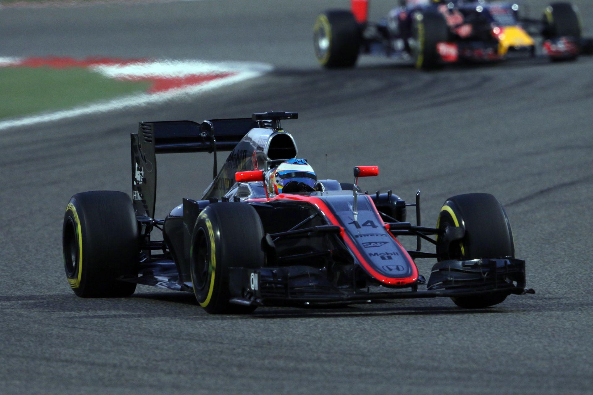 """A végén még """"világháború"""" tör ki a McLaren-Honda miatt"""