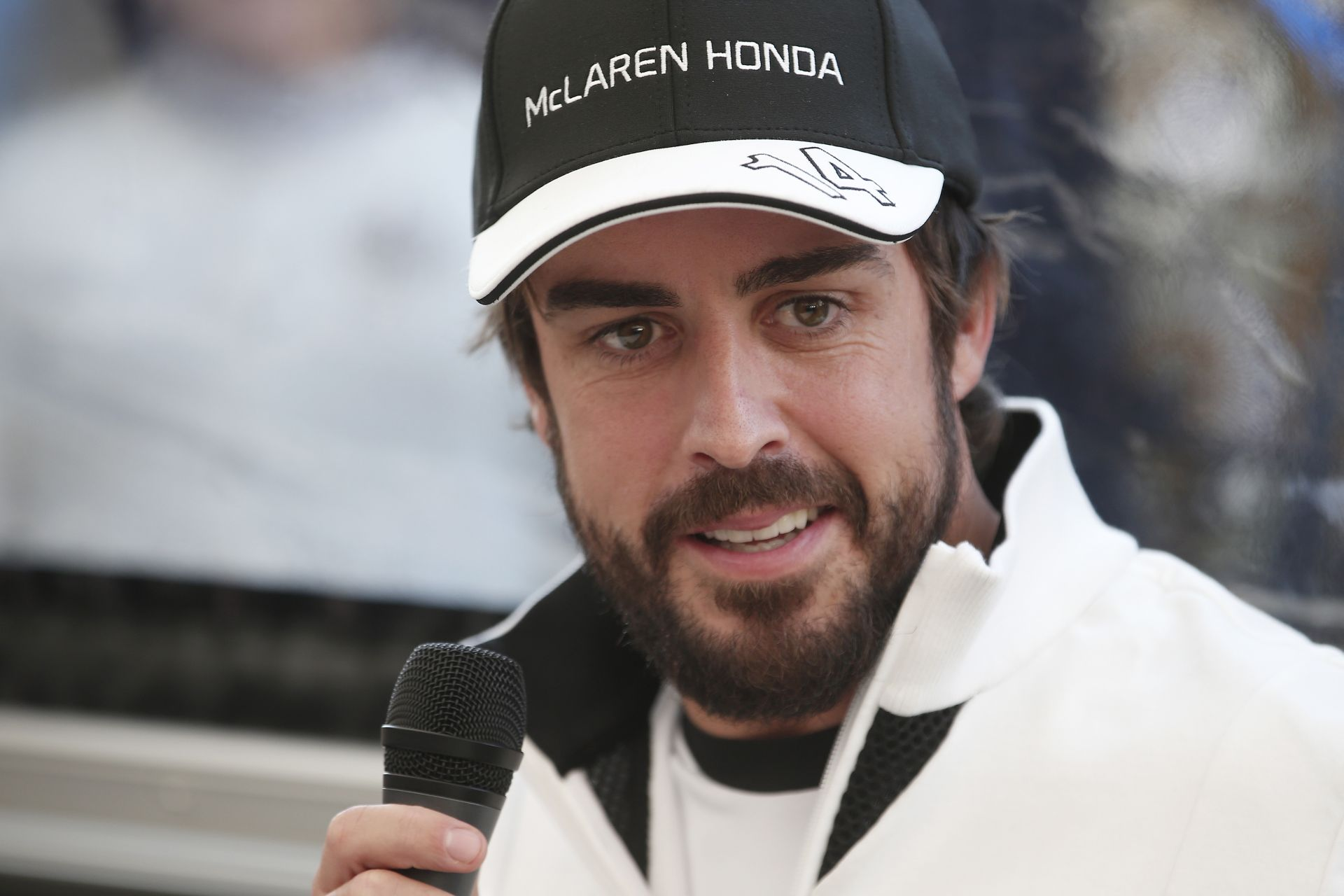 Alonso minden idők egyik legrosszabbul szerződő világbajnoka?