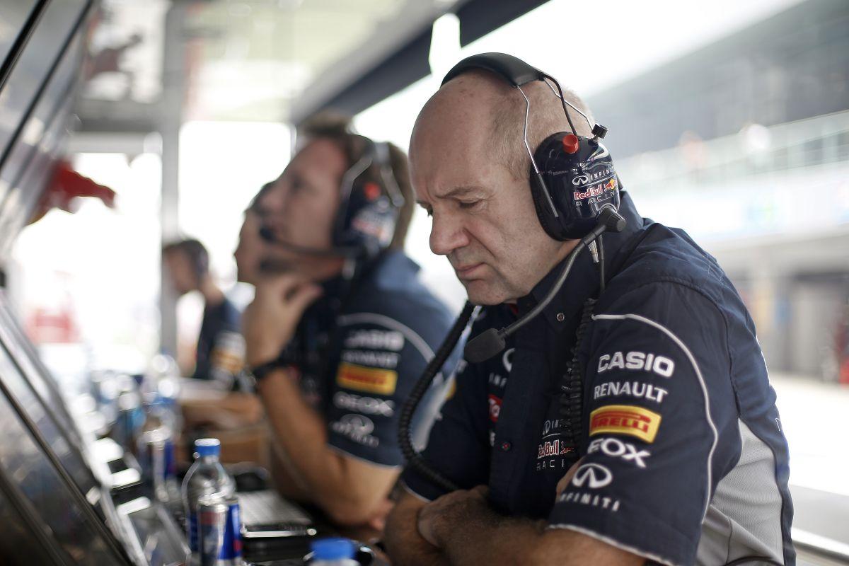 A Mercedes is akarja Newey-t: Lauda ismét ajánlatot tett a mérnöknek