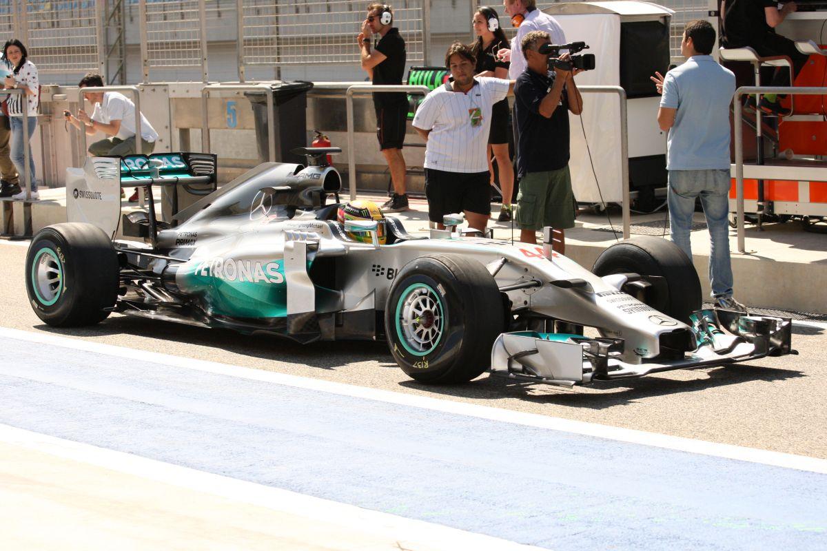 Alesi: Nem véletlenül a Mercedes a favorit