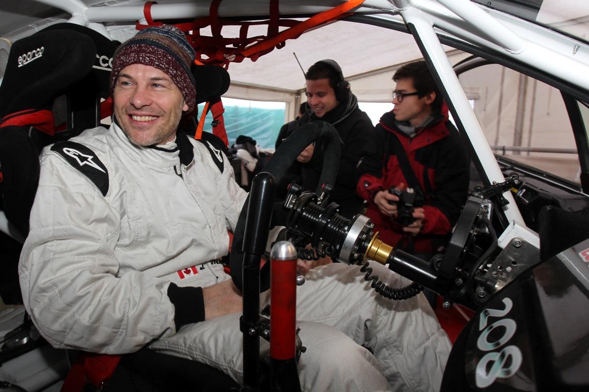 Villeneuve: A Red Bull hagyjon ki egy évet, Alonso meg kapja össze magát fejben
