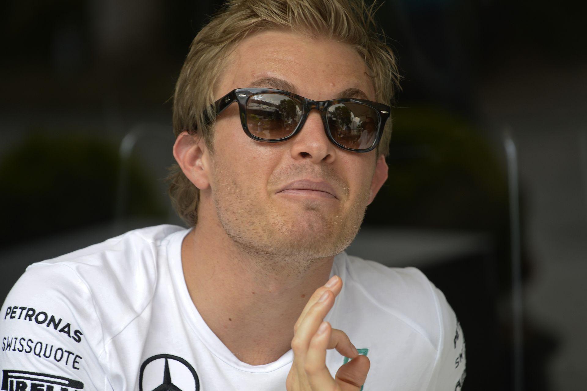 Rosberg: Eddig csak egy futamot nyertünk meg, nyugalom!