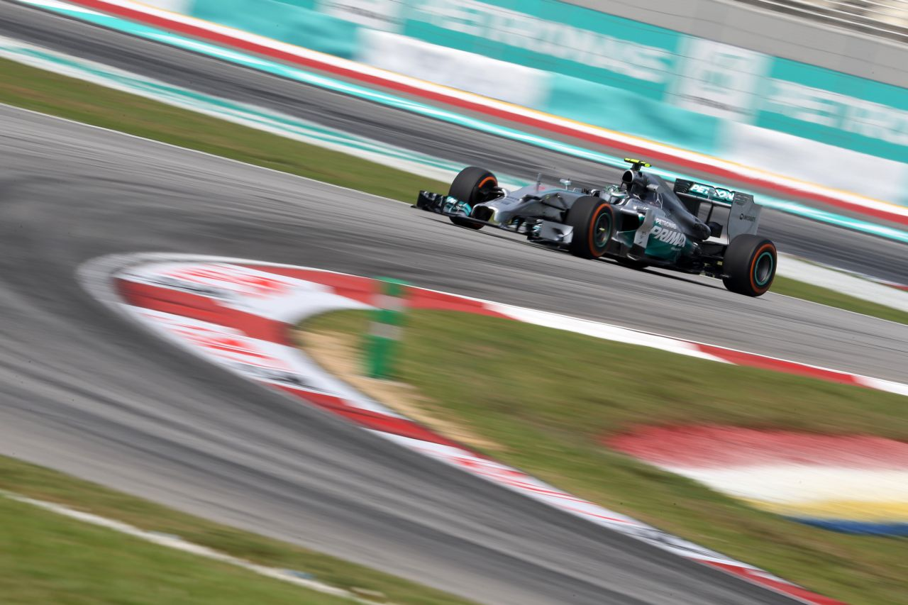 Rosberg: megértem a véleményeket a V8 után, de nézzük a pozitívumokat!