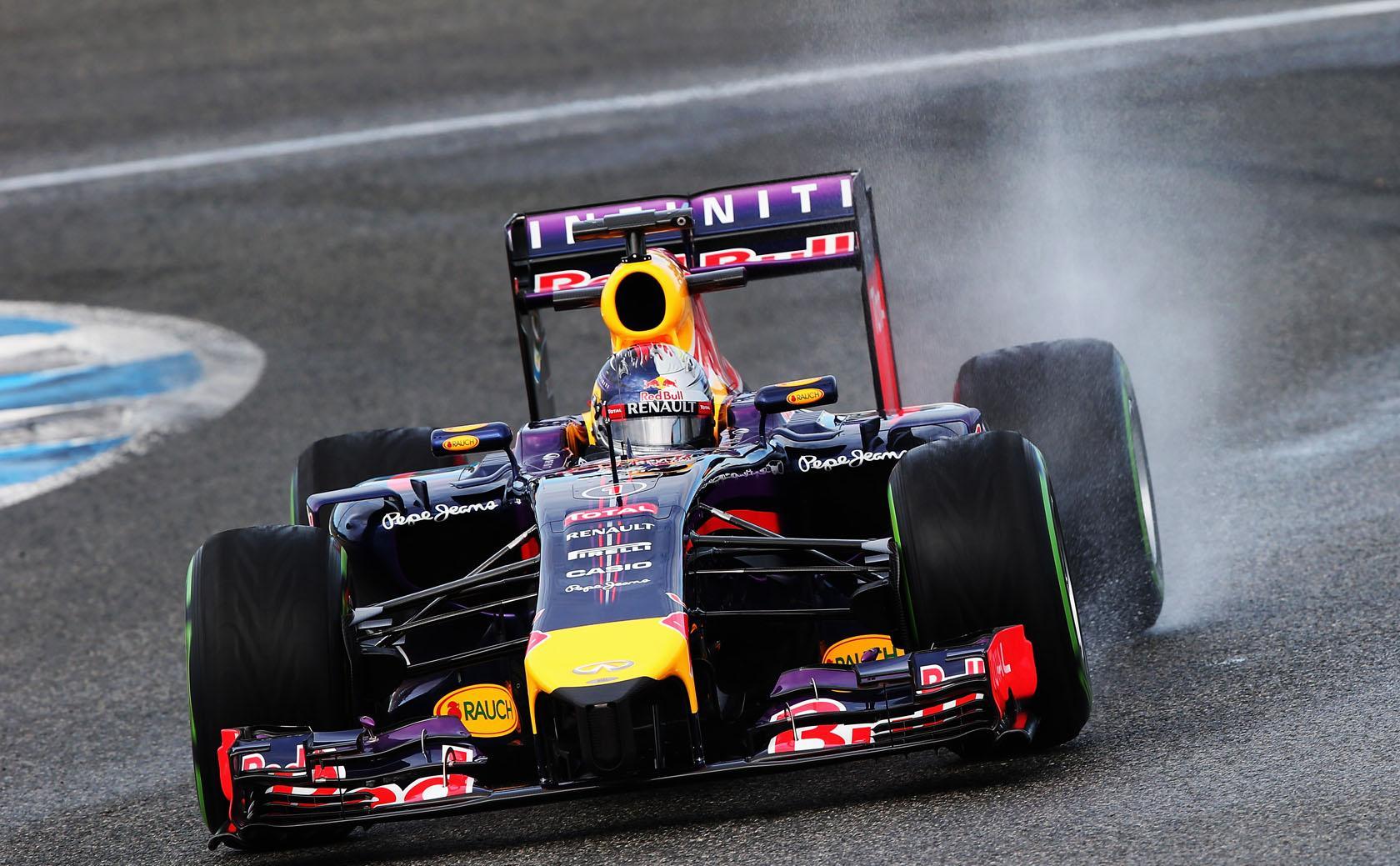 BBC: a Renault legalább két hónappal le van maradva az F1-es motorral