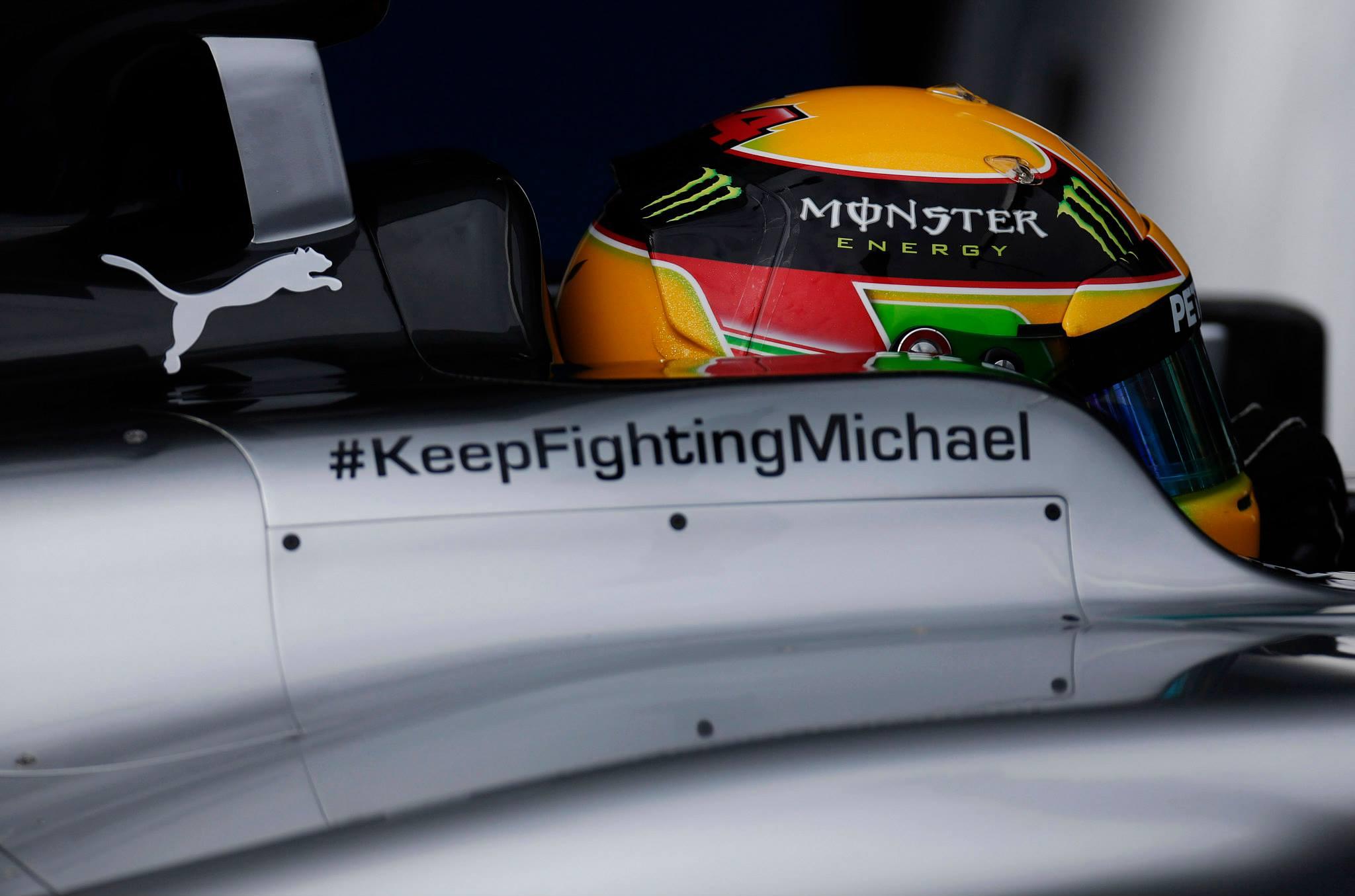 Hamilton volt a leggyorsabb pénteken Bahreinben! Szétesett a Red Bull és Raikkönen is megjárta