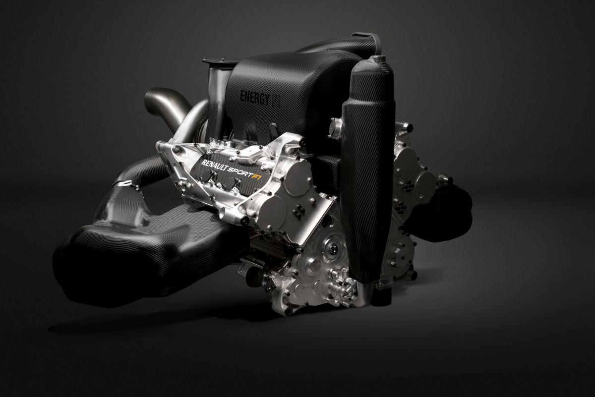 Renault: a legnagyobb gond kipipálva, de a pályán újabbakra bukkansz