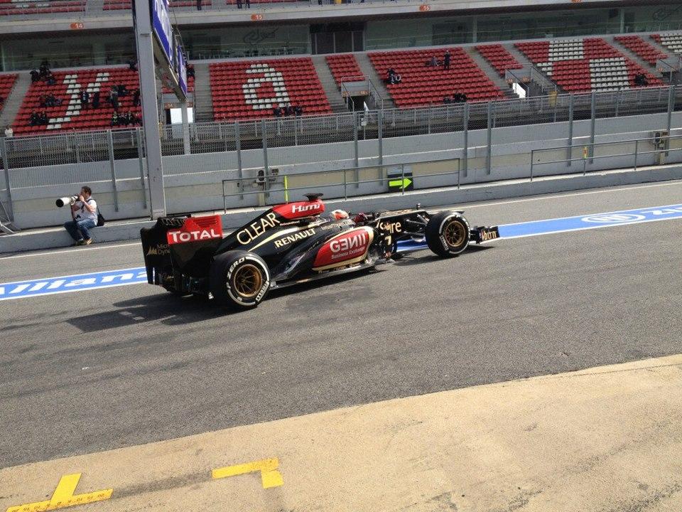 Röviden: Raikkonen GP3-as autót tesztel ma Barcelonában
