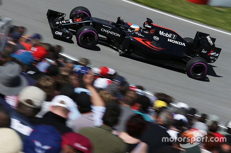 アロンソ、Q3進出は厳しいと認めつつ「スタートタイヤを選択できる方が有利かも」と語る