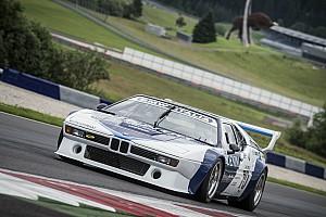 Vintage Noticias de última hora Galería: Gerhard Berger prueba el BMW M1 en Spielberg