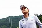 Nieuw asfalt heeft grote impact, verwacht Rosberg